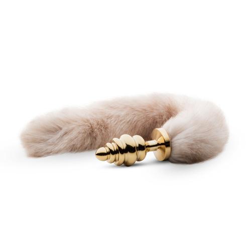Kleine goudkleurige buttplug met bruine vossenstaart