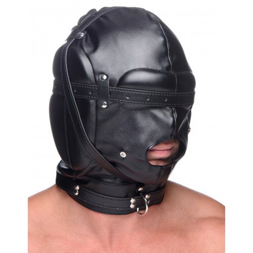 bondage_masker_met_ball_gag_met_gaten