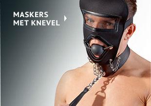 Maskers met knevel